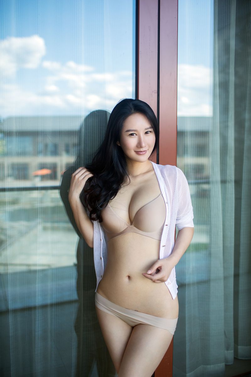 [TuiGirl推女郎] NO.056 谭冰 媚腴之美性感入骨 [40P/301M]